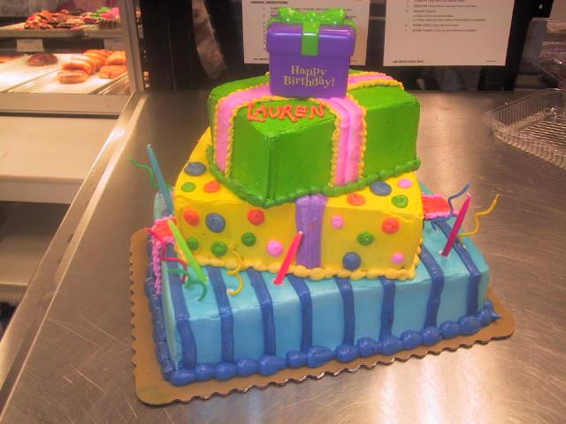 Birthday Surprise Cake by DecoPac see wwwpublixcomcusto Flickr