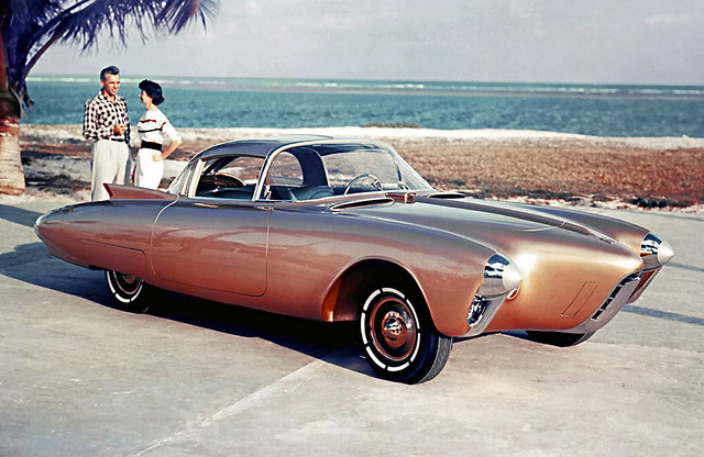 1956 Oldsmobile Golden Rocket, Image source:https://www.flickr.com/photos/tom-margie/1334416610/
