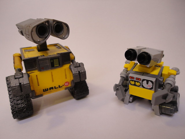 lego wall e and friend flickr photo sharing. Black Bedroom Furniture Sets. Home Design Ideas