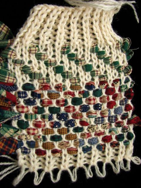 rag weaving on knitting machine hand manipulated