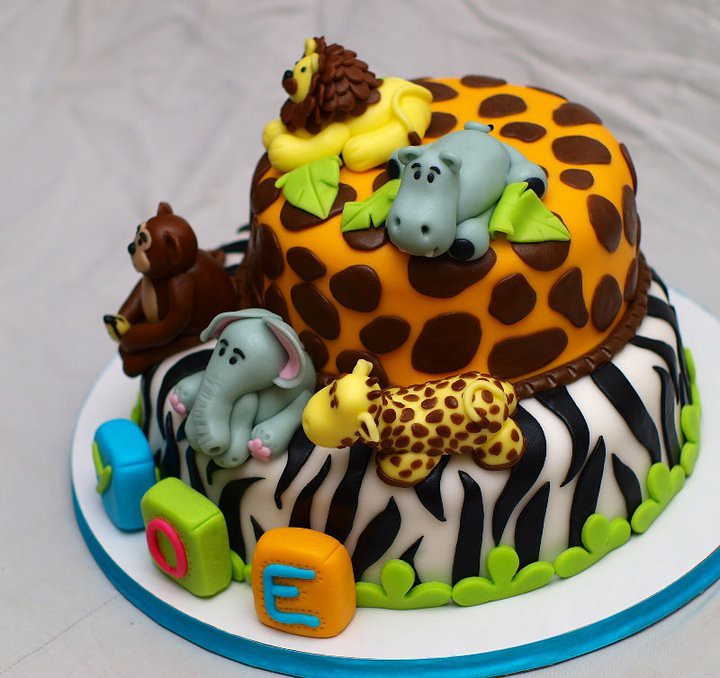 Fondant Jungle Cake with animals   Sweet Creamz   Flickr