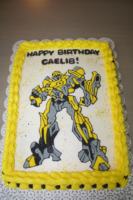 Bumblebee Transformer Cake Please let me know what you thi Flickr