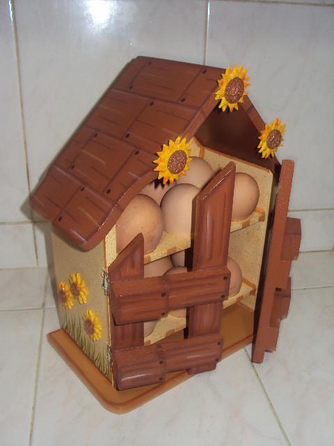 Casa para guardar huevos bs 120 00 con detalles de for Casas de madera para guardar herramientas