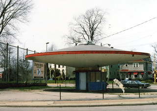 Flying Saucer gas station | by authorwannabe