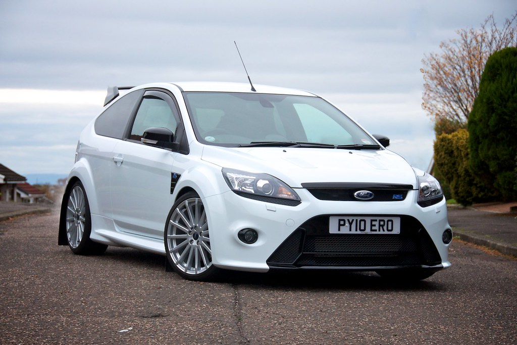 Ford Focus rs White images