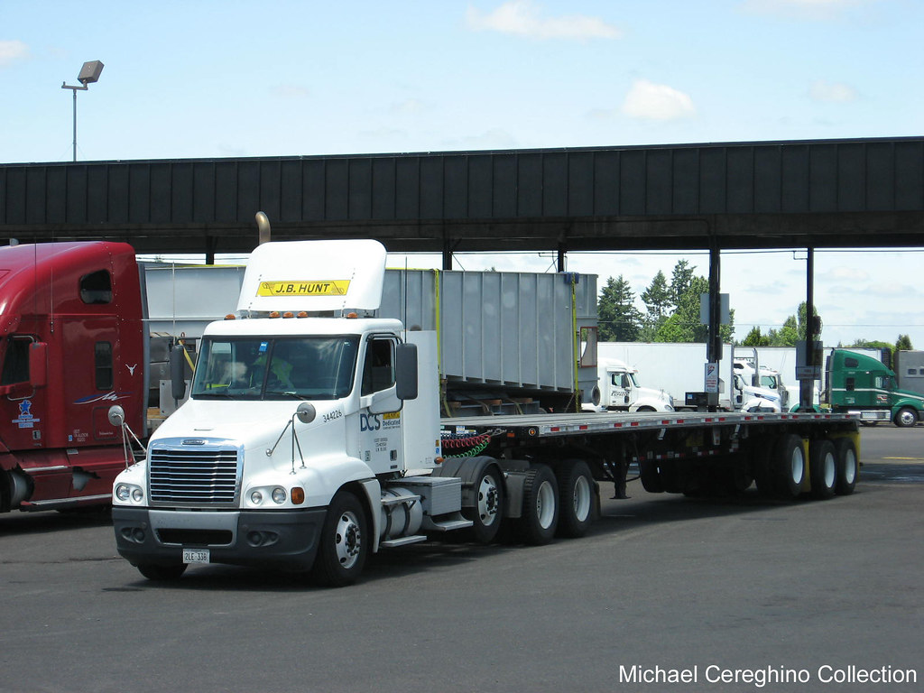 jb hunt dcs 4 axle freightliner century class daycab with