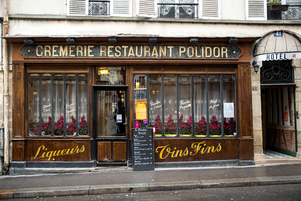 Cr merie restaurant polidor paris rue monsieur le for Showroom cuisine paris