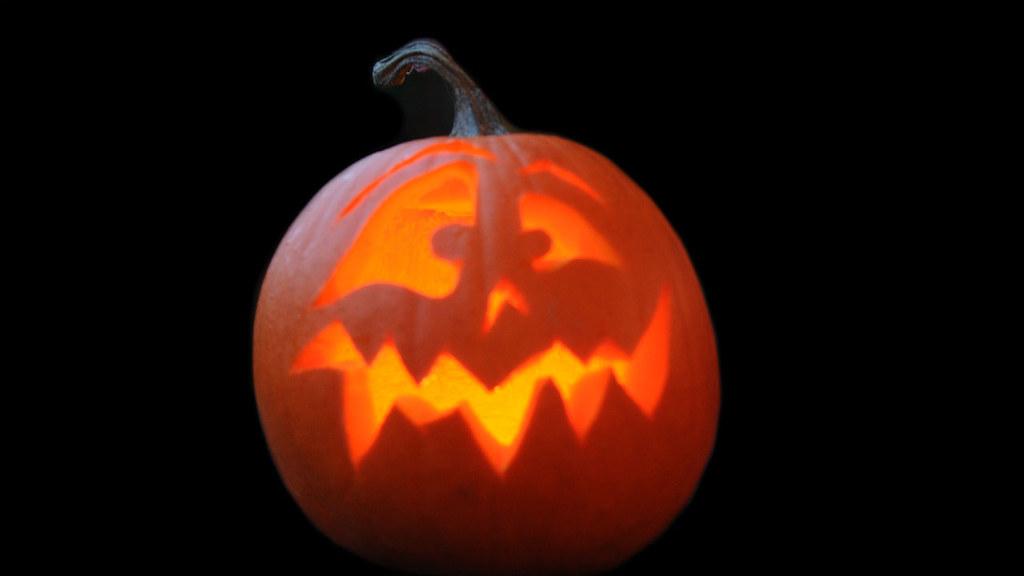 Pumpkin Carving Ideas Pumpkin Face Fast Easy Pumpkin 1