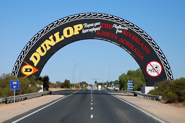 Big dunlop tyre the big dunlop tyre on the sturt highway for Architecture jobs adelaide