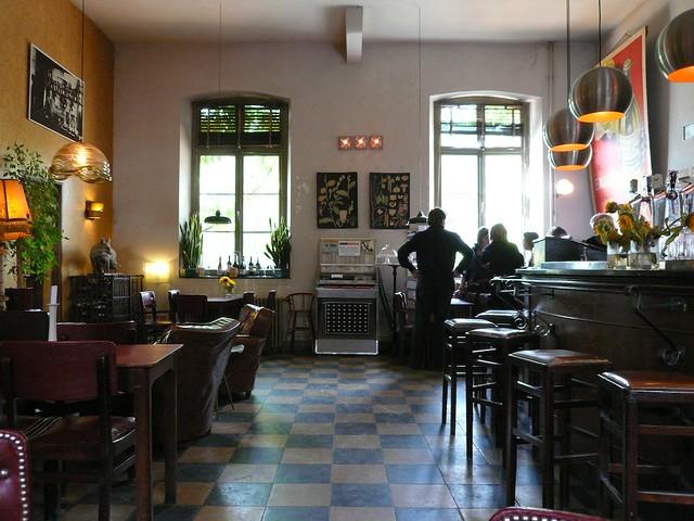 Bar in café modern teuven be ellen van den berg flickr