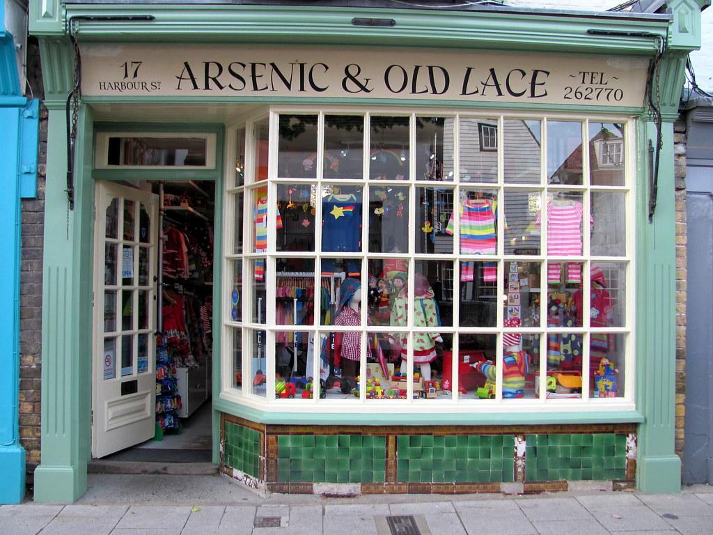 De Bouche  Oreille Dcor Shop in Paris