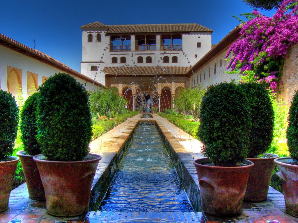 Generalife palacio de generalife granada andaluc a spa flickr - Residencia los jardines granada ...