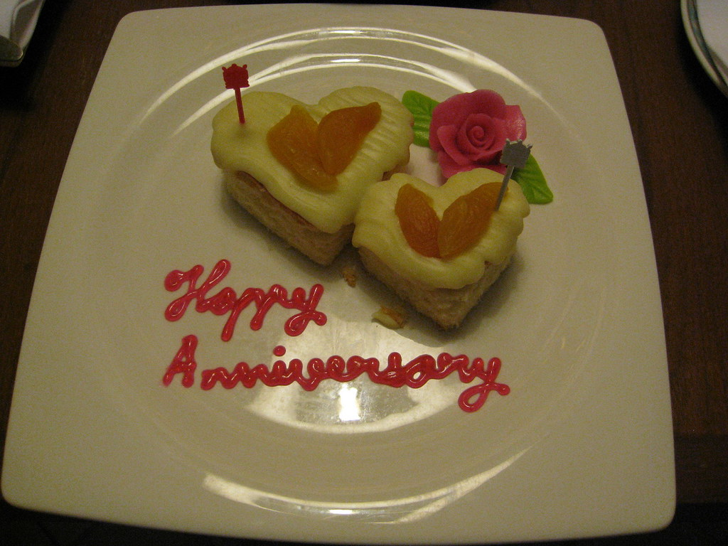 Happy Wedding Anniversary Cake Images
