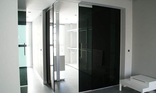 Puerta corredera con vidrio dark grey flickr photo - Puerta vidrio corredera ...