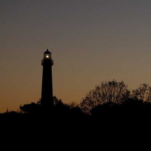 Lighthouse at Dusk | by Dendroica cerulea