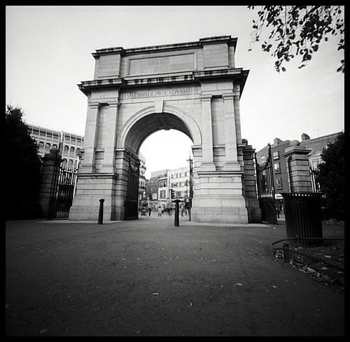 St. Stephen's Green entrance gate | pinhole camera at f/138 ...