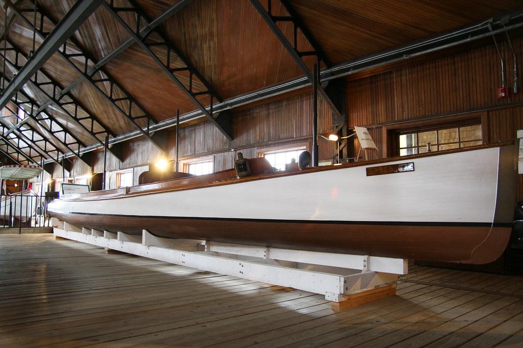 Boldt Castle Yacht House | inside the huge yacht house ...
