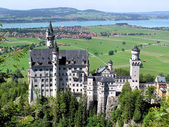 Neuschwanstein Castle | by B℮n