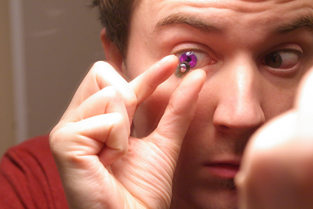 purple eyes | Contact lenses are a necessary daily ...  purple eyes | C...