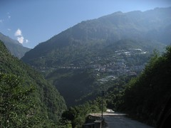 The Lush Decent to the Nepali Border
