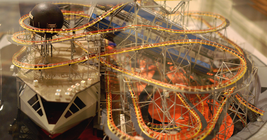 Space Mountain Maquette - Merge | A model of Space ...