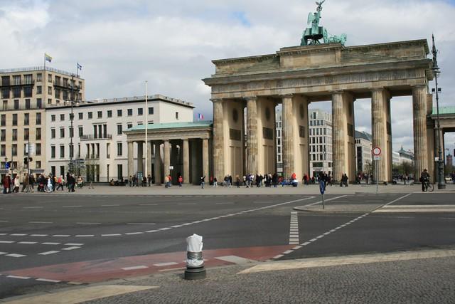 Brandenburger tor porte de brandebourg marc ben fatma for Porte de brandebourg