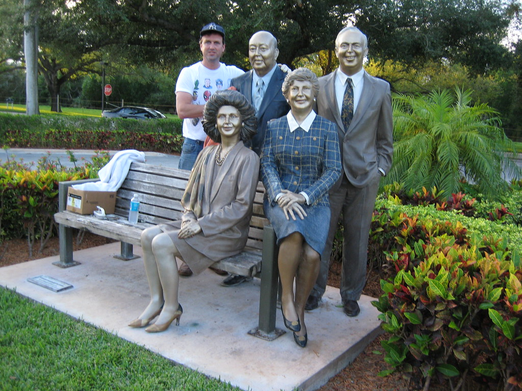 J seward johnson this is a life size sculpture by the for John seward johnson i