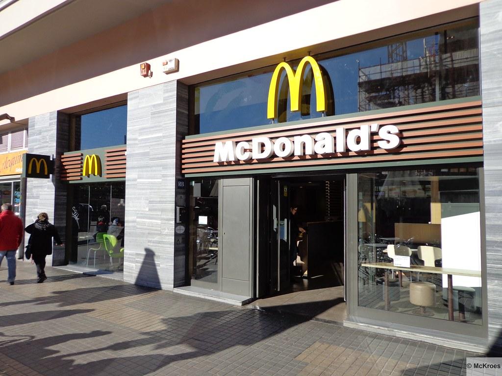 mcdonald 39 s barcelona sagrada familia carrer de proven a 42