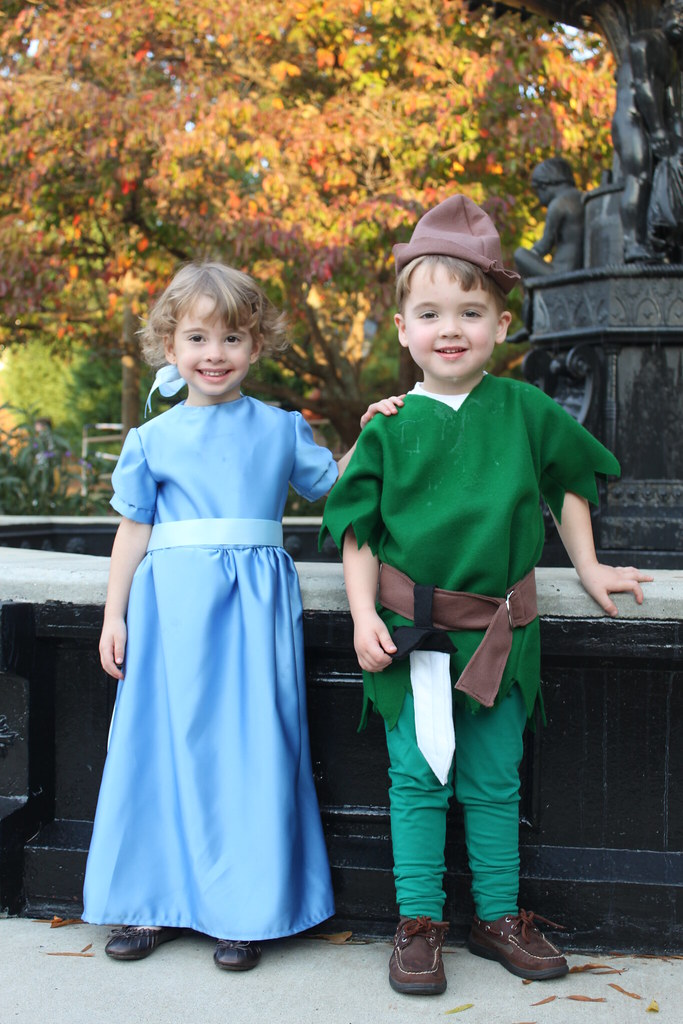 Peter Pan Costumes Wendy Wendy And Peter Pan | by