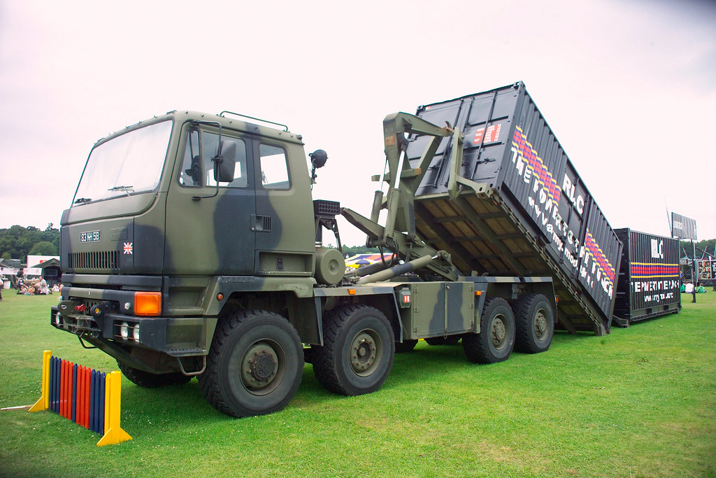 Leyland DAF multilift DROPS | RLC vehicle with two ...