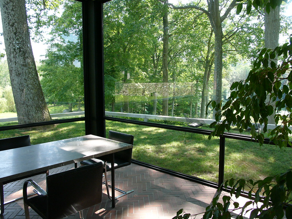 New Canaan Glass House Tour
