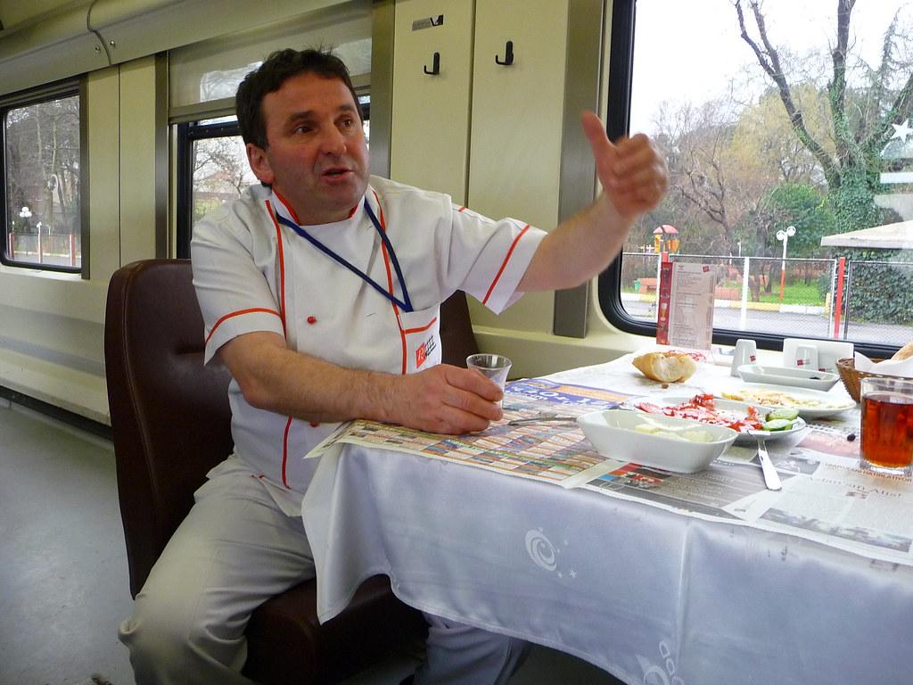 Cevdet ismailoglu chef cuisinier du wagon restaurant for Cuisinier 94 photos