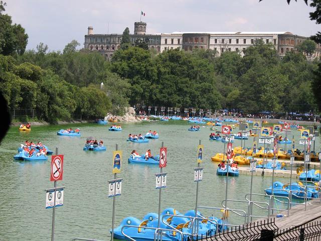Castillo Y Lago De Chapultepec Taken On Sunday In Park