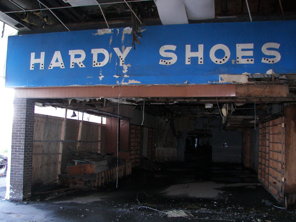 Dixie Square Mall - Harvey, IL | Hardy Shoes located at ...