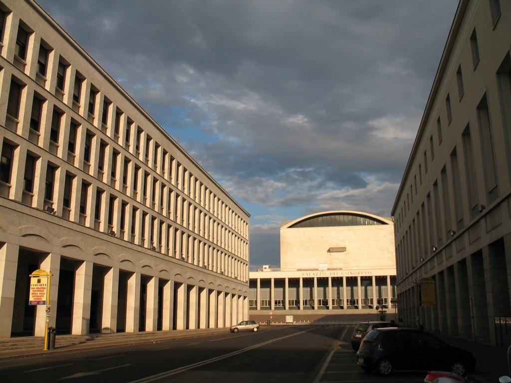 Roma eur palazzo dei congressi il palazzo dei - Architetto palazzo congressi roma ...