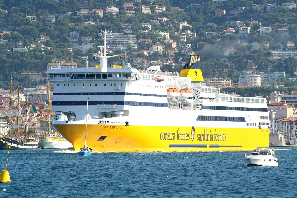 corsica ferries toulon mega express four ce bateau s 39 est flickr. Black Bedroom Furniture Sets. Home Design Ideas