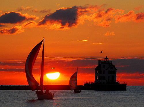 Lorain lighthouse at sunset | by ronnie44052