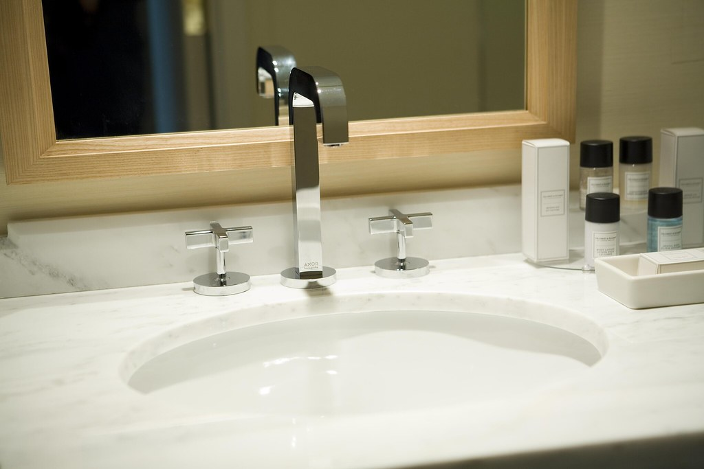 The New Colonnade Boston Hotel Bathroom Amenities The New Flickr