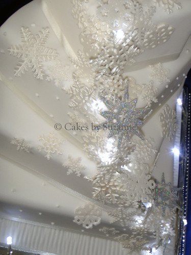 Snowflake And Fairy Lights Wedding Cake Detail Suzanne