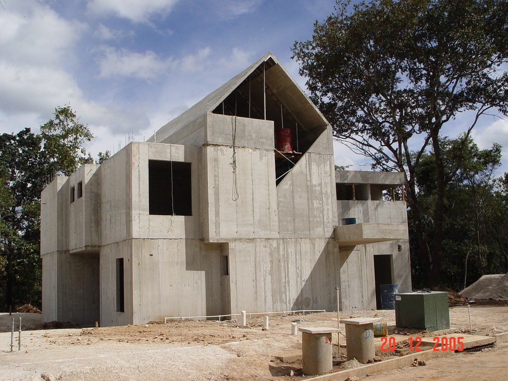 Concrete home construction in guatemala rapid for Concrete log forms
