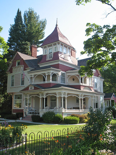 Victorian House - Bellaire, Michigan | by DecoJim