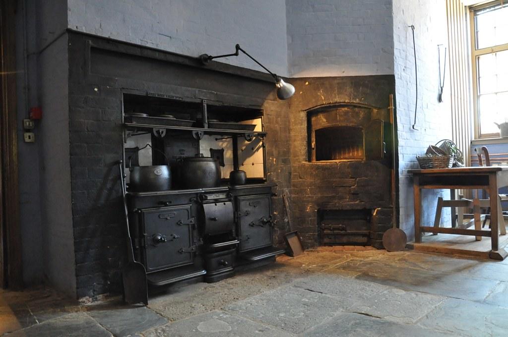 Victorian Oven | Valerie Hope | Flickr