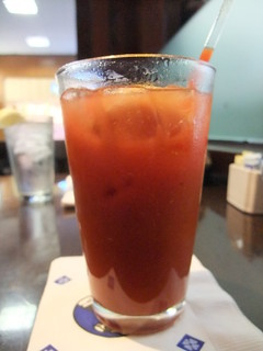 SFO Day 3: Bloody Mary at San Francisco Airport | by swampkitty