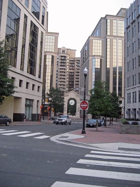 Wilson Blvd Arlington Va Apartments