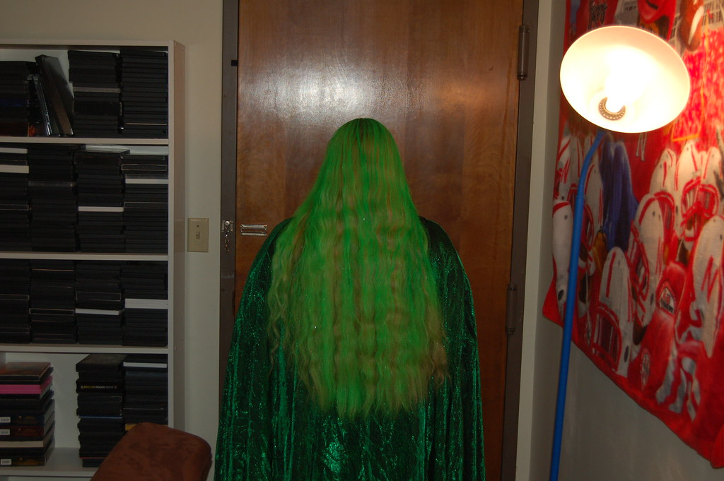 Very Bright Green Wavy Hair | Lincoln, NE. I love this ...