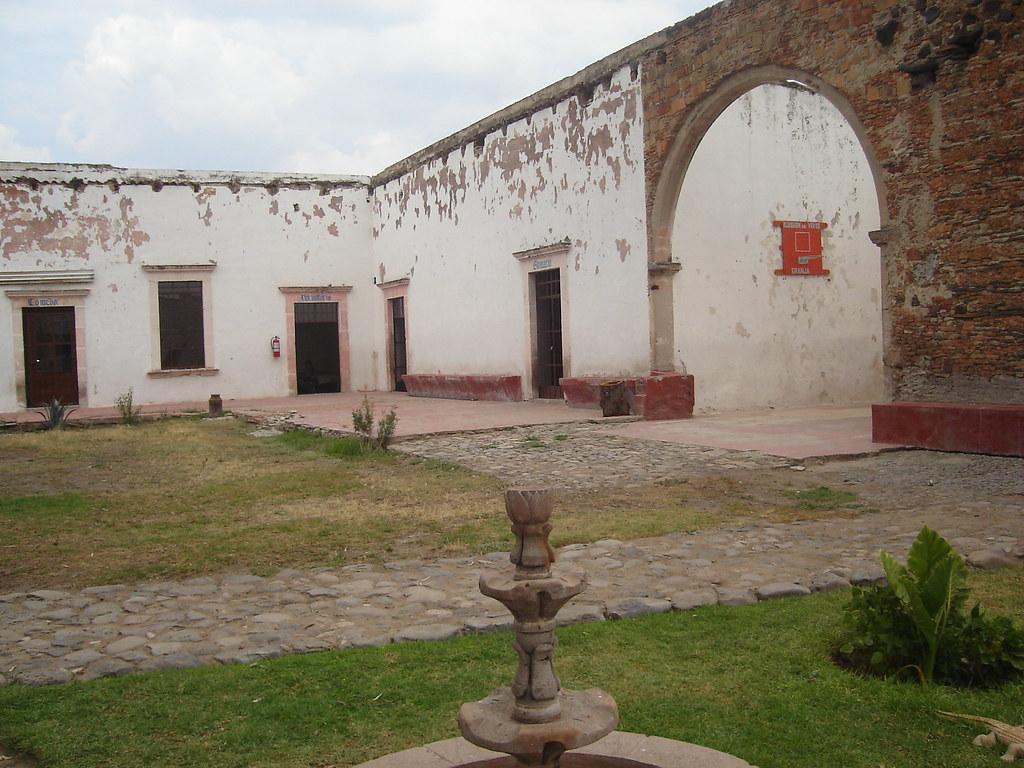 Hacienda Rincon de Tamayo | interior de la hacienda, hot ...