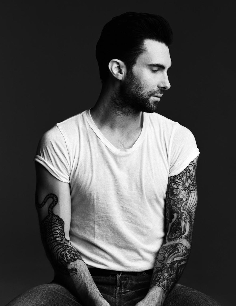 adam levine portrait from 944 this photo was run in 944. Black Bedroom Furniture Sets. Home Design Ideas