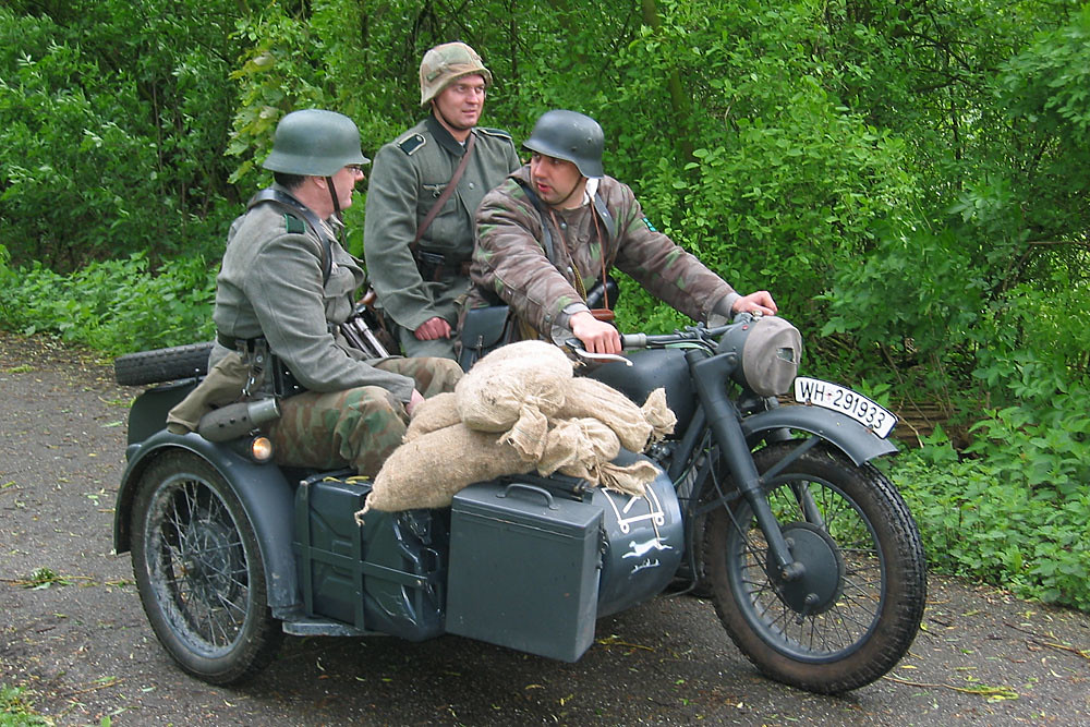 german wehrmacht cyclist wh 291933 bmw r75 re enactment ev flickr. Black Bedroom Furniture Sets. Home Design Ideas