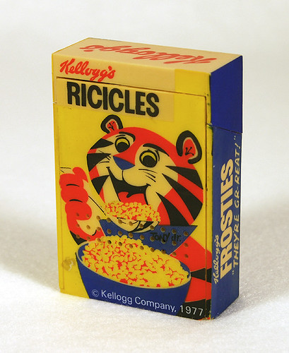 Kelloggs Frosties/Ricicles Radio, 1970's | by Roadsidepictures