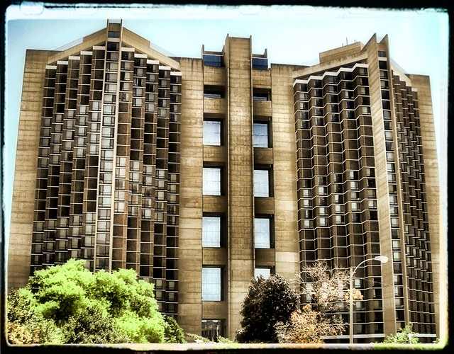 Watterson this is watterson towers of illinois state for Watterson dining